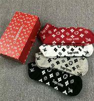 Wholesale boys fashion socks for sale - Group buy Drop shipping New Embroidery mens Socks Antibacterial Deodorant Cotton Fashion printing Unisex Socks High quality Sport Socks pairs