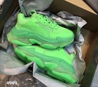 plattform schnüren sich oben schuh großhandel-Grün Triple S Sneaker Männer Fluo Grün Casual Schuhe Frauen Low Top Schnürung-Up Plattform Schuh Luxus Leder Mesh Klar Sohle Casual Schuhe