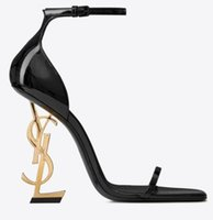 sandalia de baile de boda de marfil al por mayor-Venta caliente a estrenar 2019 zapatos sexy mujer verano hebilla correa remache sandalias zapatos de tacón alto dedo del pie acentuado moda solo YSL alto heel10.5cm