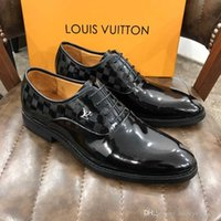 Wholesale bullock oxford shoes for sale - Group buy New product High Quality Genuine Leather Men Brogues Shoes Lace Up Bullock Business Dress Men Oxfords Shoes Male Formal Shoes