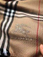 lenços de natal para mulheres venda por atacado-2019 nova marca lenços lenços das mulheres projeto cachecol mulheres de alta qualidade Xadrez padrão de design de Cachecol Cachecol presentes de Natal