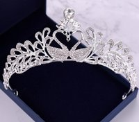 vestido de novia de rendimiento al por mayor-Rendimiento Corona Headwear fábrica de Venta Directa 2019 vestido de novia de la novia del diamante de la corona del aro del pelo accesorios de los niños