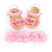 lindas sandalias de flores al por mayor-Princesa Cute Newborn Baby Girls Flower Sandals Summer Casual Soft Crib Shoes + Headbands 2pcs First Prewalker Beach Sandals