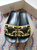 zapatillas para caminar al por mayor-2019 zapatillas sandalias de hombre zapatos para caminar casuales zapatillas de playa zapatillas de masaje zapatillas planas de verano zapato de los hombresBox + bolsas de polvo