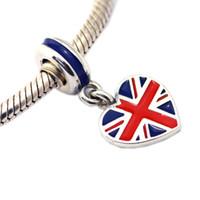 uk флаг ювелирные изделия оптовых-Великобритания флаг форме сердца серебряные подвески для изготовления ювелирных изделий плавающей флаг Великобритании женщины подвески для DIY браслеты серебряные ювелирные изделия