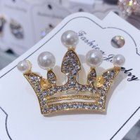 broche de diamante de imitación de reina al por mayor-Queen Crown Designer Broches Wedding Bridal Bouquet Pins Broches Luxury Rhinestone Broche Pin Joyería de moda La mejor calidad