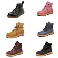 erkek koşu ayakkabıları en düşük fiyatları toptan satış-Düşük fiyat Olmayan Marka eğitmen spor ayakkabı boyutu 39-44 Koşu ayakkabıları mor siyah, kırmızı, pembe üç kahverengi botlar moda spor Boots mens