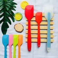 espátula de utensilios de cocina al por mayor-Hot 5 Utensilios de cocina de diferentes colores Espátula para pastel herramienta para hornear Gel de sílice raspador translúcido herramienta para hornear T3I5249