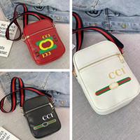 bolsas de playa al por mayor-Diseñador Fannypack PU bolsos de cuero de marca mujeres bolso de la cintura de los hombres crossbody bolsas de hombro bolsa de playa bolsa de viaje de los deportes monedero del teléfono B72601