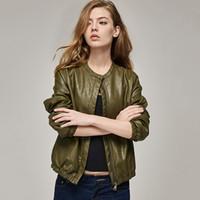 jaqueta de cor marrom quente venda por atacado-Terno-jaqueta mulheres grandes 2019 Outono Novo Produto Moda Preto senhoras de couro Marrom Exército Verde 3 Cores U Beisebol Senhora Curta Venda Quente