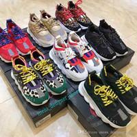 sapatos de ligação venda por atacado-Chain Reaction Designer Versace Luxo Sneakers Homens Mulheres Modatopo plano calçados casuais Link-relevo Sole couro do instrutor das sapatas Running