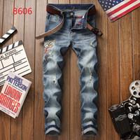 pequeños pies de jeans al por mayor-2019 Nuevos jeans de lujo de alta calidad para hombres, jeans, parche, pintura delgada, pequeños pies, locomotora para hombre, jeans, talla 28-38