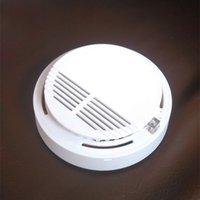 capteurs de sécurité à domicile sans fil achat en gros de-Détecteur de fumée Alarmes Système Capteur Alarme incendie Détecteurs isolés sans fil Sécurité domestique Sensibilité élevée LED stable W 85DB 9V Batterie 50