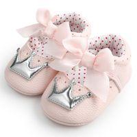 prenses taç yayı toptan satış-Çocuk Yenidoğan Bebek Kız Bebek Crown Princess Ayakkabı için ayakkabı Yumuşak Sole Kaymaz Sneakers Taç Bow Pembe Dalgalar Çocuk FEB27