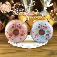 latas redondas de navidad al por mayor-Donut Shaped Christmas Candy Box Caja de lata redonda creativa Regalo de boda Caja de embalaje Titular del favor de partido