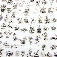 ingrosso uccelli maiali-Assortiti 100 disegni charms animali gatto maiale orso uccello serpente cavallo cane scoiattolo cigno bue ... pendenti per fai da te collana braccialetto creazione di gioielli