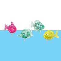 игрушка из ветровой рыбы оптовых-Хороший Пловец Разноцветные Рыбки Заводная Игрушка Симпатичные Плавательные Маленькие Детские Игрушки Технология Бутик Подарок На День Рождения Для Детей