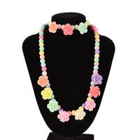 perlen rosa armband großhandel-Rose förmigen Süßigkeiten Perlen Halskette schöne Bubblegum Kinder Halsketten Armband Baby Mädchen Partei Schmuck Multicolor