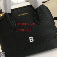 saco portátil multiuso venda por atacado-Mulheres crossbody handbags senhora Saco Portátil Multi-purpose Pinças Triângulo Bolsa De Couro Genuíno Hangbag Shell saco carteira à principal ba-16
