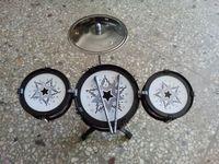 cymbales jouets achat en gros de-Bébé musique sons jouets suzakoo enfants petit tambour frapper avec la raquette battant ensemble top cymbales trois tambours musical jeu de percussion jouet