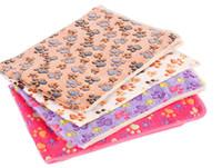 korallen-großhandel decken großhandel-Pet liefert Decken Hersteller Lager Zwinger Matten Großhandel Hundedecken Herbst und Winter warme Decke Korallen Fleece