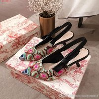Wholesale stitch embroidery bead resale online - New style handmade embroidery Colorblocked cotton stitching beads One word with pointed Embroidered webbing Back sandals