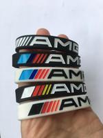 ingrosso braccialetti bianchi neri-2pcs AMG luminoso bracciale in silicone da uomo donna nero bianco cinturino da polso in gomma braccialetto braccialetto per mercedes benz club fan regali