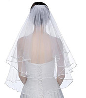 New Elegant Wedding Veils Short 2 Tier Bridal Veils with Comb 2 Layer White Ivory Wedding Veil Satin Edge Tulle Good Quality
