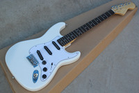 gran guitarra electrica blanca al por mayor-Guitarra eléctrica blanca con 3S pastillas negras, diapasón de palisandro festoneado, cabezal grande, personalízalo según tu solicitud.