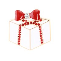 Wholesale christmas brooches online - Christmas Theme Brooch Pin cute Christmas Cake Red Bow Brooch Personality Trend Brooch Best Christmas Gift