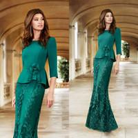 helle grüne formale kleider großhandel-Bright Dark Green Brautmutterkleider Satin Zwei Stücke Volle Spitze Applikationen Frauen Abendkleider Formale Meerjungfrau Mutter Kleider