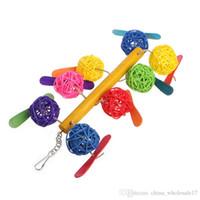 juguetes de aves envío gratis al por mayor-Envío gratis Pet Parrot Toy Bird Bell bola para Parakeet Cockatiel Chew divertido jaula juguetes nuevo