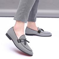 zapatos de lona de negocios informal al por mayor-2019 hombres de moda de lona zapatos de negocios Doug cuero en punta del dedo del pie clásico de la boda Slip-On Penny Casual zapatos planos más el tamaño 38-48