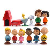 ingrosso miniature anime-12 pz / pacco Cut Anime Peanuts Figurine Charlie Brown e Amici Beagle Woodstock Modello In Miniatura Giocattolo Per Bambini Regalo Animazione Azione Home Decor