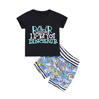 tanques de niños al por mayor-Trendy Kids Baby boy Set Cuello en V Cartas negras Camiseta sin mangas + Dino Print shorts trajes Ropa para niños pequeños Conjuntos 3M-4Y Venta al por mayor 2019 Verano