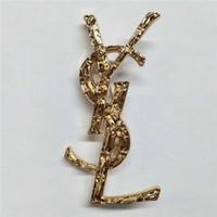 ingrosso gioielli squisiti-Designer Squisito Oro e argento lettere nere Spilla per donna Dichiarazione Spille di moda di marca Perni Accessori Gioielli Regalo