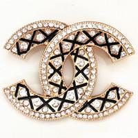 broş stilleri toptan satış-Kadınlar için Broşlar Yüksek Dereceli İnci Elmas Broş Parti Abartı Altın Gümüş Iğneler Takı 11 Stilleri Promosyon
