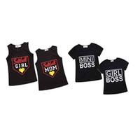 familie setzt hemden großhandel-Familie Passende Mantel Sets Kinder Designer Kleidung Frau Brief Streifen Rundhals Kurzarm T-Shirt Mantel Sets 49