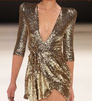 robes noires courtes serrées v achat en gros de-Robe pour femme 2019 nouvelle mode serré col V robes sexy de style discothèque de style discothèque doré noir couleur en option taille S-XL