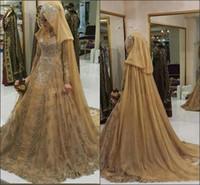 vestido plisado watteau al por mayor-Arabia Saudita musulmán modesto de oro musulmán Hijab vestido de bola Vestidos de novia Mangas largas 2019 Pliegues de encaje Granos principales Vestidos de novia tradicionales