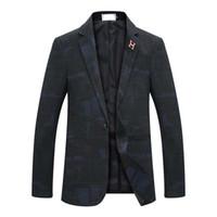 Mode für Männer Männer schlanke Version 2020 Herbst und Winter Herrenmode Dunkel Muster Gentleman Büro Anzugjacke Kleid