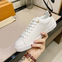 Wholesale leopard print sneakers for sale - Group buy 2019 Fashion Men Women Casual Shoes leopard print Designer Sneakers Shoes Top High White Genuine Leather Classic Flower Shoes with box