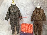 forrado tutu topos venda por atacado-Crianças jaquetas define crianças roupas de grife tops curtos + macacões 2 pcs forro de tecido de algodão meninos e meninas conjuntos de calças