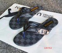 sandales plates pour femmes achat en gros de-2019 hot Women Sandales grande taille Designer Chaussure De Luxe tongs sandales Summer Fashion Wide Flat Slippery Avec Sandals Slipper tongs
