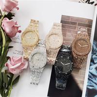volle diamanten großhandel-Berühmte Herrenuhr Voller Diamanten Armbanduhr Royal Quartz Movement 42mm Armbanduhr Edelstahl hombres mujeres reloj