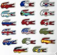 3d kanada großhandel-Kostenloser Versand Krokodil Patch Kanada Flagge Gesticktes Eisen auf Flecken für Kleidung Umweltfreundliche Handmade 3D Appliqued Stickerei