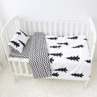 bebek yatağı desenleri toptan satış-3 Adet Bebek Yatak Seti Çocuklar Için Sevimli Desen Pamuk Karyolası Yatak Set Çocuklar Bebek Çarşaf Yorgan Yastık Dahil Olmadan