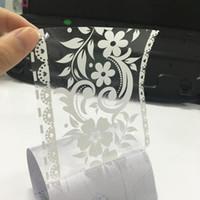 pegatinas de la cinta del espejo al por mayor-10 cm * 10 m Flor de Encaje Pegatinas de Pared PVC Adhesivo Impermeable Ventana de Pared Poster Línea de la Cintura Espejo Cinta Decoración Del hogar