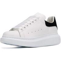 moda ayakkabıları kadın rahat dantel toptan satış-Sıcak Satış Yeni Sezon Tasarımcı Ayakkabı Moda Lüks Kadın Ayakkabı Erkek Deri Lace Up Platformu Boy Sole Sneakers Siyah Beyaz Günlük Ayakkabılar