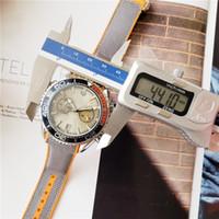 montre de pleine lune achat en gros de-Nouveau Moon Montre-bracelet Leahter Professional Montre Homme Relogio